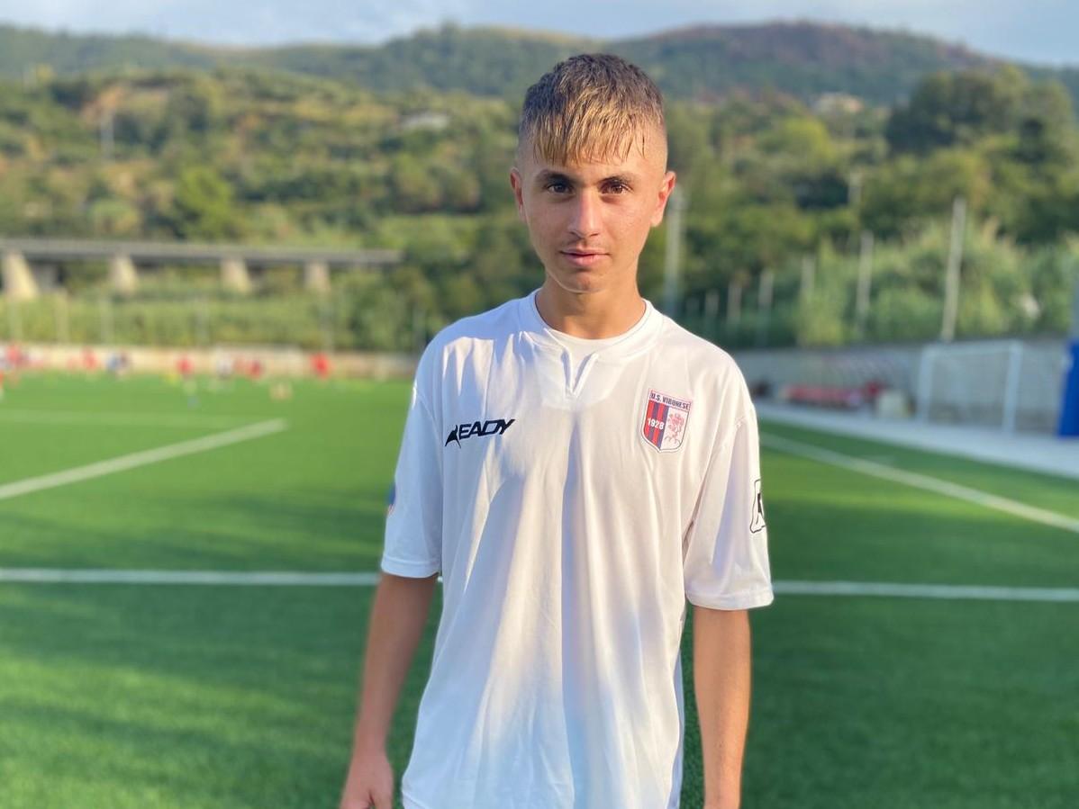 """Immagine articolo: """"Guardavo la Folgore, sogno la Juve e mi ispiro a Dybala"""". Intervista a Giovanni Lupo dopo l'approdo in Lega Pro"""