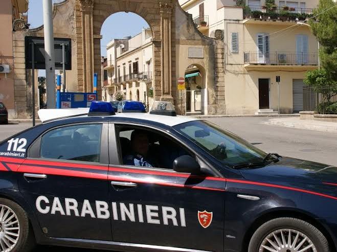 Immagine articolo: Castelvetrano, viola il coprifuoco per infastidire la ex moglie