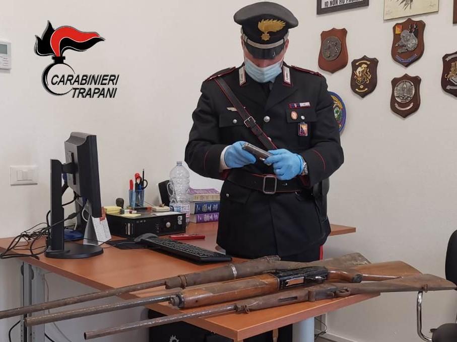 Immagine articolo: Pantelleria: Controlli dei Carabinieri ai possessori di armi. 6 denunciati