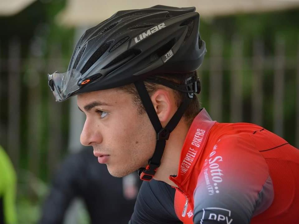 Immagine articolo: Il ciclismo tra passione, competizione e talento. Storia del sanfaninfese Mauro Di Prima
