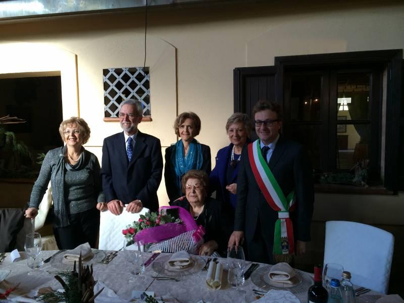 Immagine articolo: Il Sindaco festeggia i 100 anni della signora Bice Lentini
