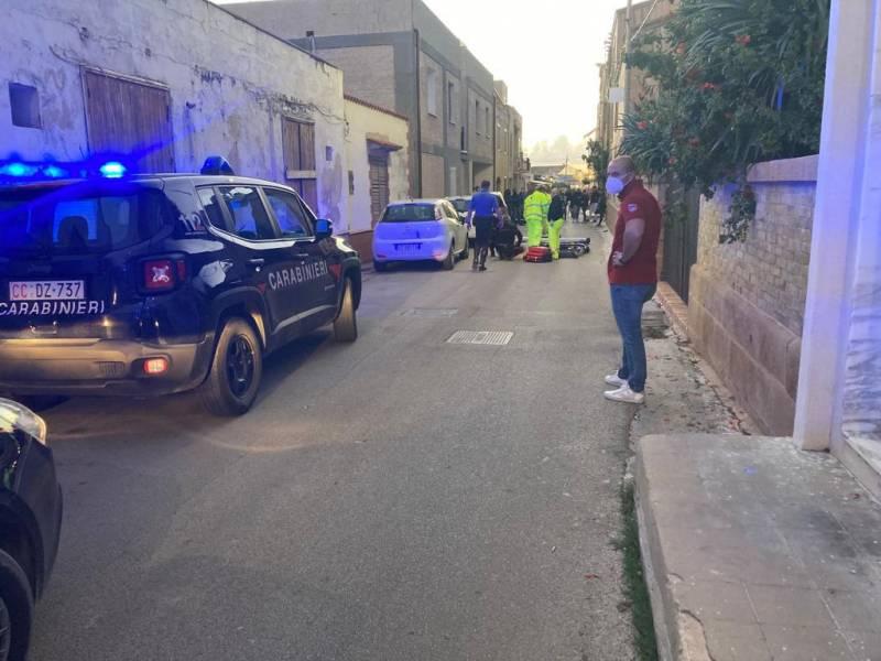 Immagine articolo: Selinunte, uomo ubriaco danneggia auto lanciando pietre. Carabinieri intervengono per bloccarlo