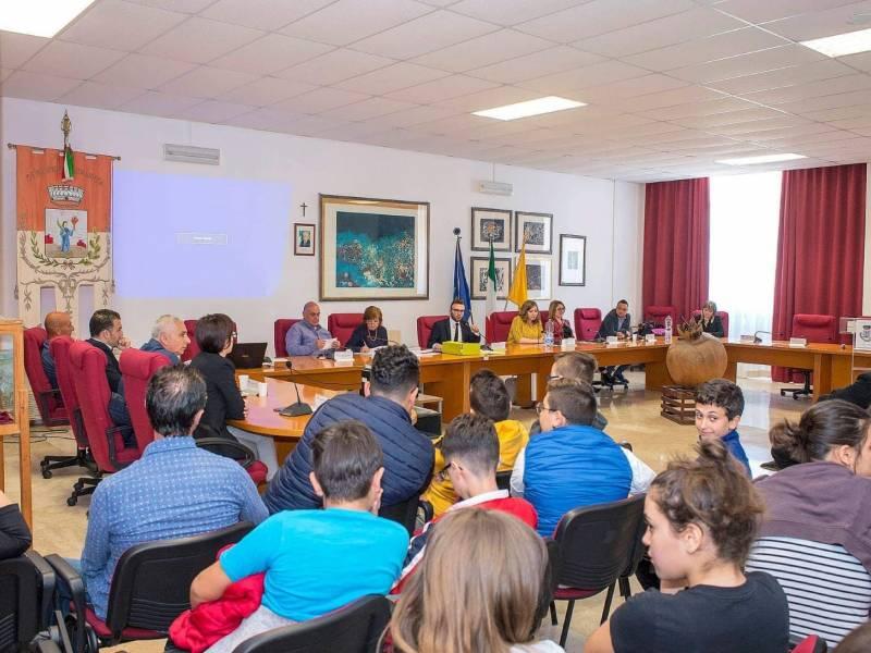 Immagine articolo: Santa Ninfa: Convocato il Consiglio comunale per gli equilibri di bilancio