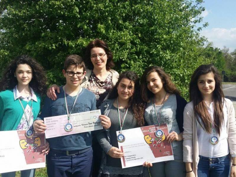 """Immagine articolo: 5 alunni dell'Istituto """"Capuana-Pardo"""" vincono finale nazionale Olimpiadi della Lingua italiana"""