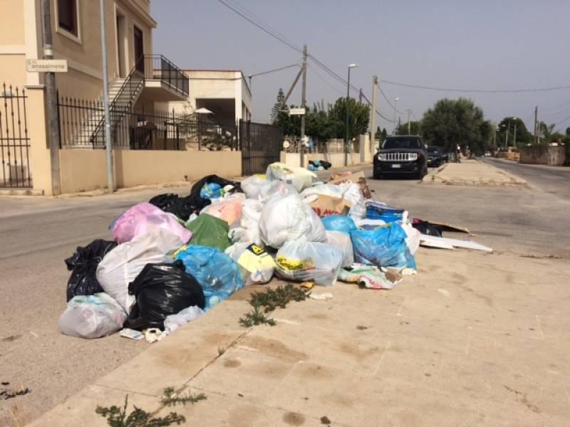 Immagine articolo: Picco di infezioni da gastroenterite sul territorio locale. Causa rifiuti permanente su strada? L'appello del TDM